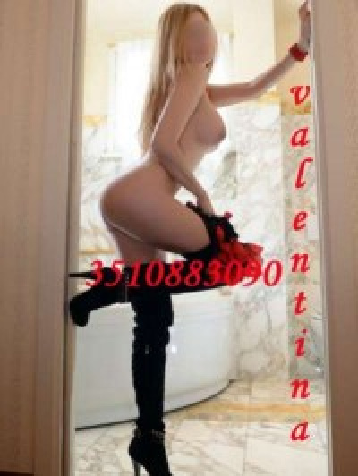 Escorts Donne apenna a (lucca)