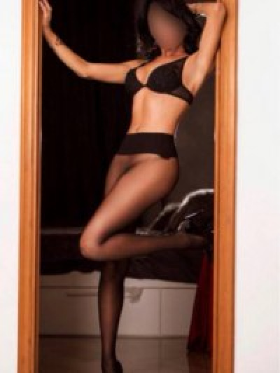 Escorts Donne nicole (imperia)